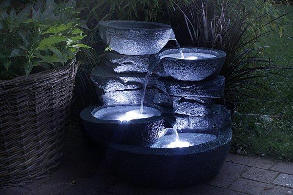 zimmerbrunnen cascades mit led beleuchtung springbrunnen. Black Bedroom Furniture Sets. Home Design Ideas