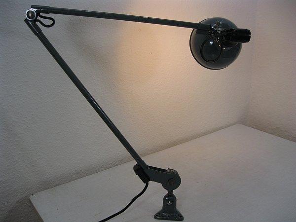 xxl original rademacher lampe tischlampe werkstattlampe bauhaus industrialdesign ebay. Black Bedroom Furniture Sets. Home Design Ideas