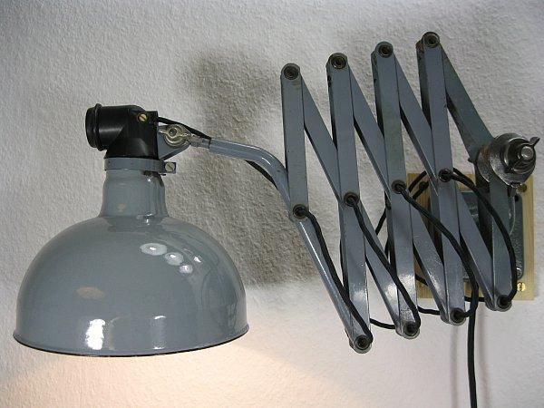 original rademacher scherenlampe werkstattlampe wandlampe bauhaus industrial ebay. Black Bedroom Furniture Sets. Home Design Ideas