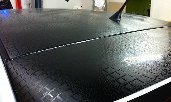 8 m auto folie krokodil leder optik schwarz 200 x 152 cm selbstklebend ebay. Black Bedroom Furniture Sets. Home Design Ideas