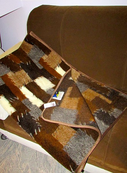 wolldecke patshwork couch berwurf einseitig 100 wolle. Black Bedroom Furniture Sets. Home Design Ideas