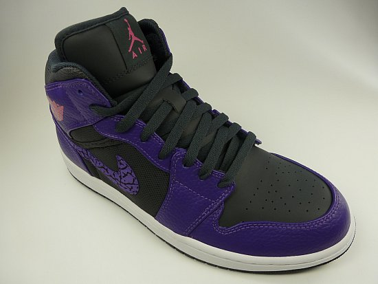 nike air jordan 1 phat basketballschuhe schwarz lila. Black Bedroom Furniture Sets. Home Design Ideas