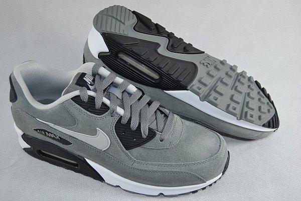 Nike Air Max Leder Grau