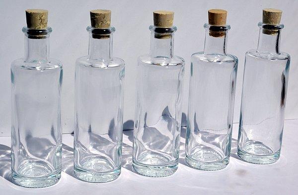 100 ml edle leere glasflaschen schnapsflasche lik r. Black Bedroom Furniture Sets. Home Design Ideas