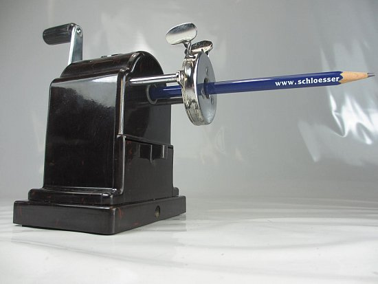 fte art deco bleistiftanspitzer schildpatt bakelit kurbel anspitzer no2. Black Bedroom Furniture Sets. Home Design Ideas