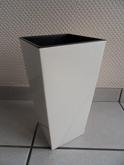 pflanzk bel hochglanz weiss mit einsatz kunststoff. Black Bedroom Furniture Sets. Home Design Ideas